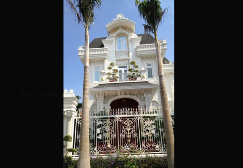 Biệt Thự Cổ Điển Quận 2
