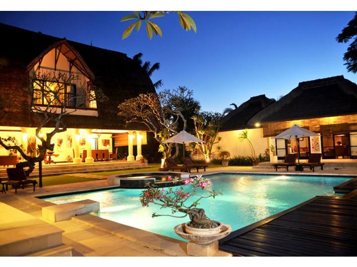 Cảnh Quan Resort Bà Nà Mang Đậm Nét Việt
